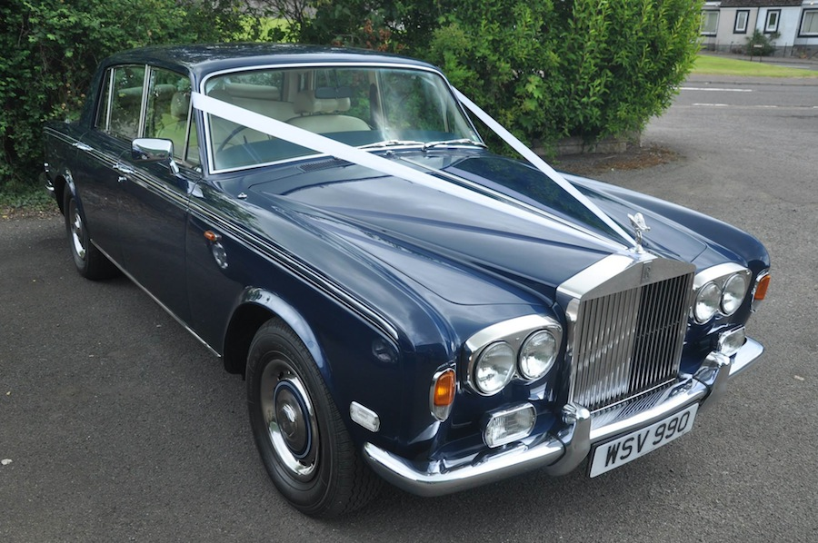 A 1976 Rolls-Royce Silver Shadow I is a true classic car in Seychelles Blue.