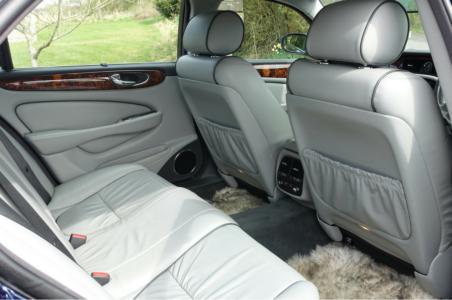 Jaguar XJ350 Sovereign LWB Interior